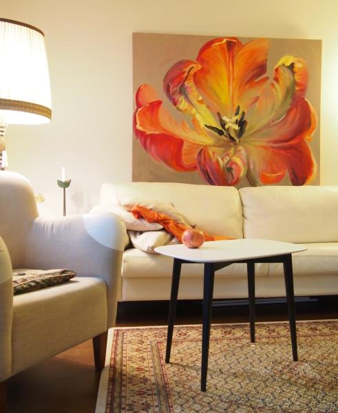 Kamille Saabre flower paintings interior