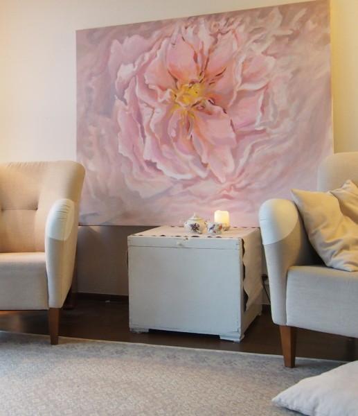 Kamille Saabre paintings interior
