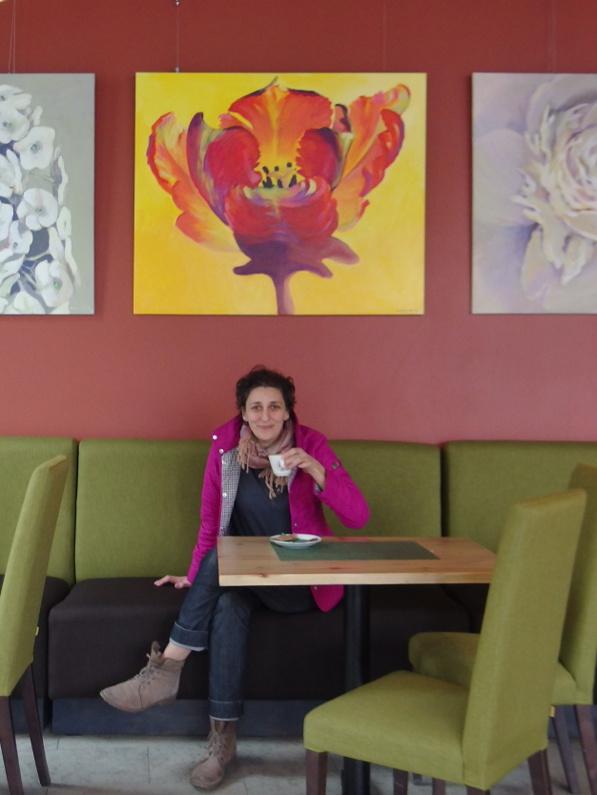 Kamille Saabre maalide väljapanek kohvik Cottas