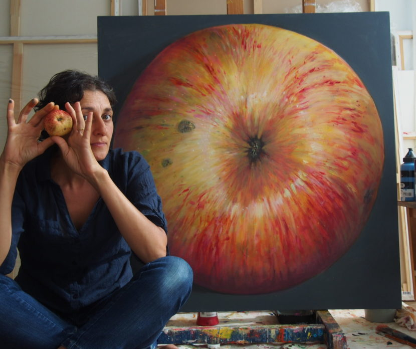 estonia 100, Paintings of apples by Kamille Saabre